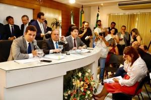 Votação na Câmara Municipal. Foto: Moraes Neto.